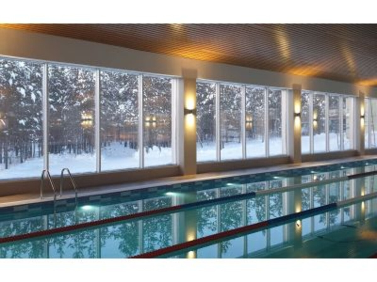 В Ноябрьске (Ямал) начал работу новый плавательный бассейн